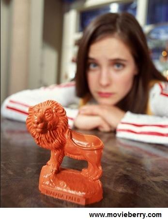 WONDERFALLS-wax lion