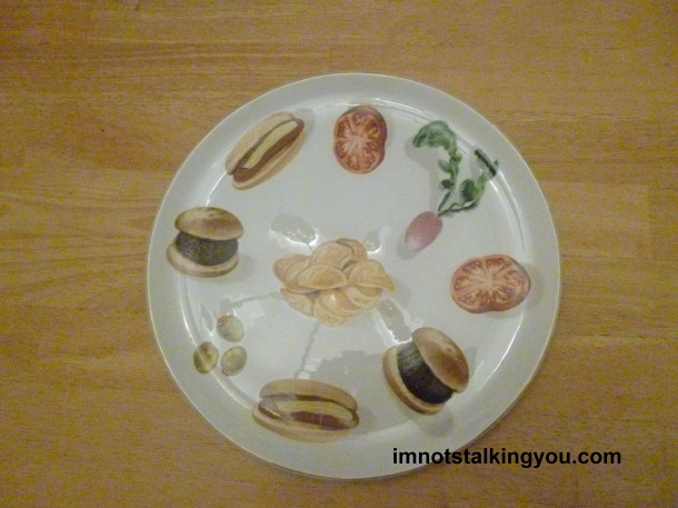 My great consignment store find plate featuring hamburgers and hot dogs