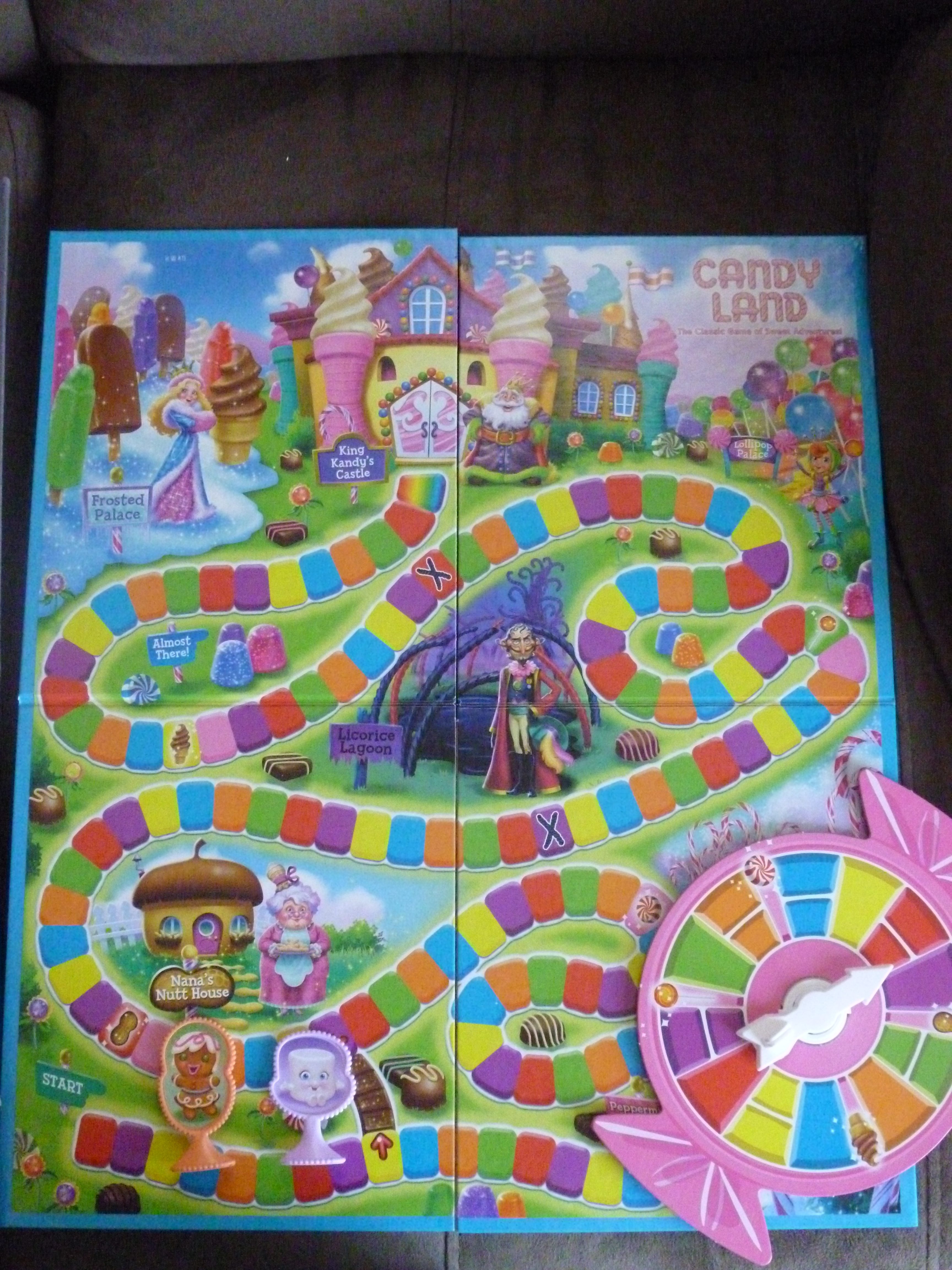 Hasbro Candy Land The Classic Game of Sweet Adventures and ...