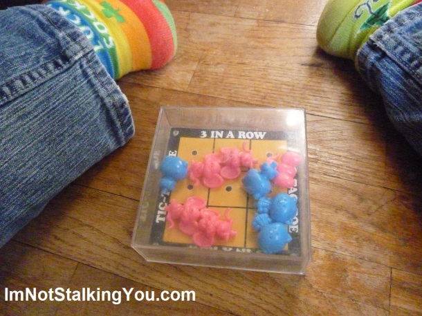 Cat & Mouse Tic-Tac-Toe copyright 1982 Giftco, Inc.
