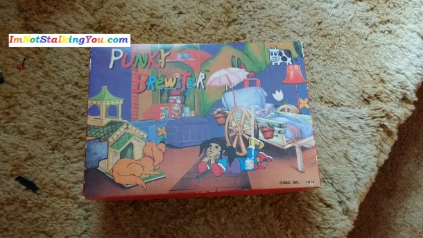 Such a cool box! There is even a pic to color inside the lid and a maze on the bottom.