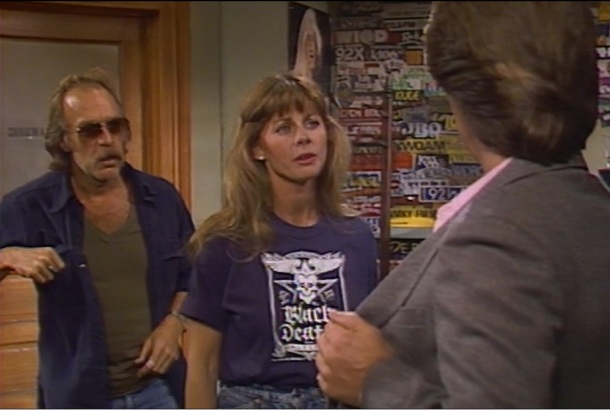 PHOTO: MTM, Fox, Shout Bailey between Johnny and Travis again, in Johnny's Black Death shirt.